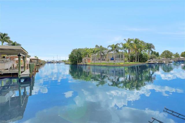 2561 Bayshore Dr, Matlacha, FL 33993 (MLS #218065651) :: The New Home Spot, Inc.