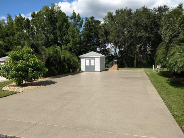 5610 Cypresswoods Resort Dr, Fort Myers, FL 33905 (MLS #218067534) :: RE/MAX Realty Group