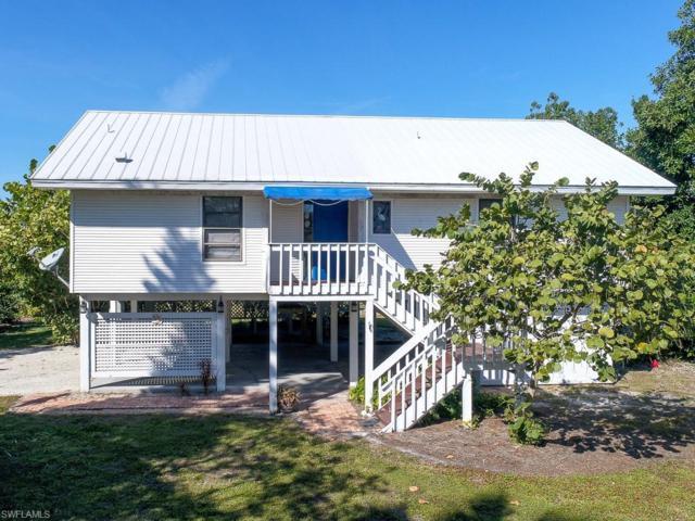 1027 Sand Castle Rd, Sanibel, FL 33957 (MLS #218068107) :: RE/MAX Radiance