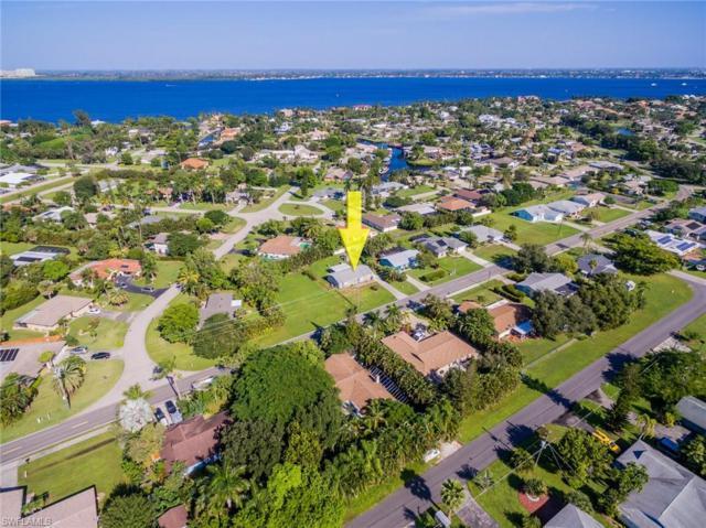 12914 Iona Rd, Fort Myers, FL 33908 (MLS #218068265) :: Clausen Properties, Inc.