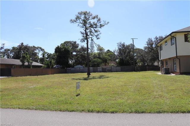 9090 Carolina St, Bonita Springs, FL 34135 (MLS #218068711) :: Clausen Properties, Inc.