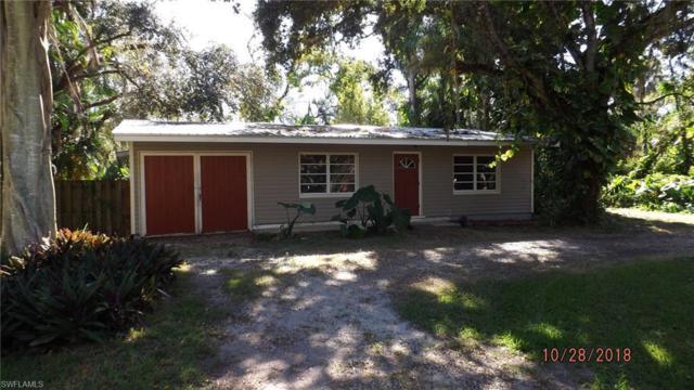 369 Caloosa Dr, Labelle, FL 33935 (MLS #218069470) :: Clausen Properties, Inc.