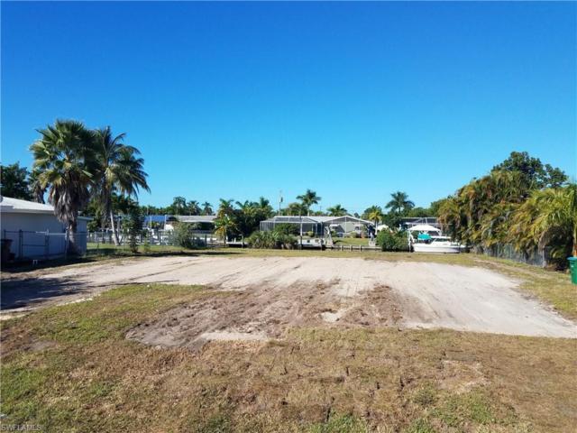 5326 Bayshore Ave, Cape Coral, FL 33904 (MLS #218071056) :: The New Home Spot, Inc.