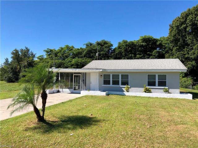 1239 Pinecrest St, North Fort Myers, FL 33903 (MLS #218071277) :: Clausen Properties, Inc.