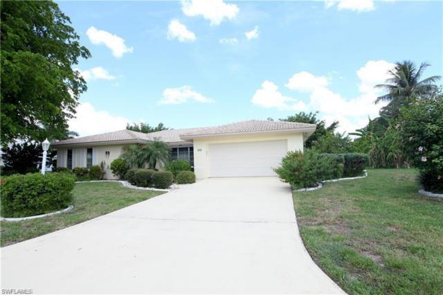 995 Clarellen Dr, Fort Myers, FL 33919 (MLS #218072259) :: Clausen Properties, Inc.