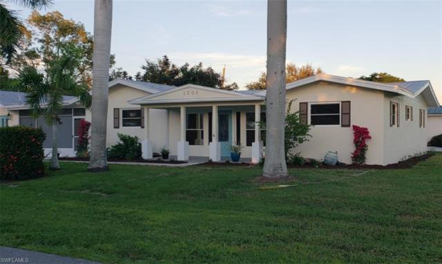 1205 Wisconsin Dr, Naples, FL 34103 (MLS #218075744) :: RE/MAX Realty Group