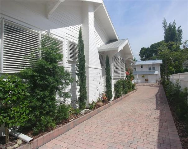 1310 Poinciana Ave, Fort Myers, FL 33901 (MLS #218080847) :: The Naples Beach And Homes Team/MVP Realty