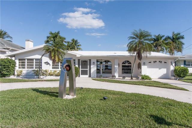 5661 Riverside Dr, Cape Coral, FL 33904 (MLS #218081936) :: Clausen Properties, Inc.