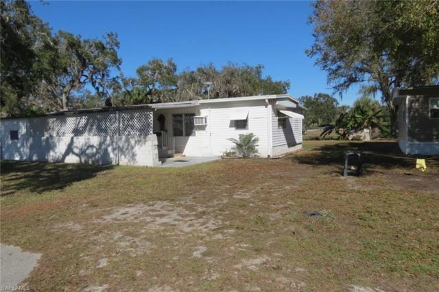 1066 Shady Ln, Moore Haven, FL 33471 (MLS #218084392) :: RE/MAX DREAM