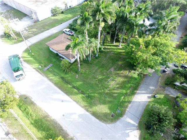 25 Cabana Ave, North Fort Myers, FL 33903 (MLS #218084760) :: RE/MAX DREAM