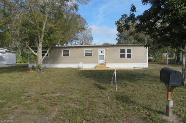 1054 Shady Ln, Moore Haven, FL 33471 (MLS #218085080) :: RE/MAX Realty Group