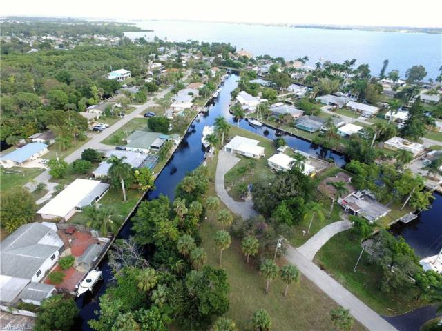 1155 Harbor Dr, North Fort Myers, FL 33917 (MLS #218085307) :: RE/MAX Realty Team