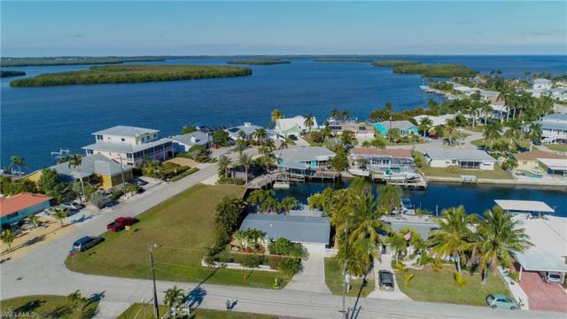 2868 Velma St, Matlacha, FL 33993 (#219005736) :: The Key Team