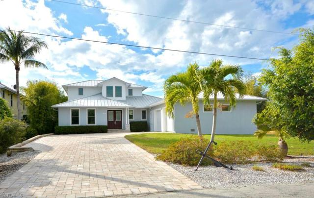 2337 Macadamia Ln, St. James City, FL 33956 (MLS #219008459) :: The Naples Beach And Homes Team/MVP Realty