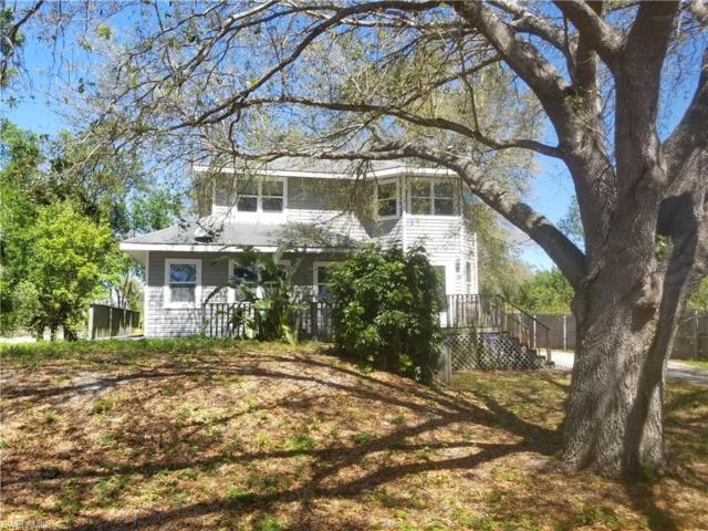 2818 10th St SW, Lehigh Acres, FL 33976 (MLS #219022310) :: John R Wood Properties