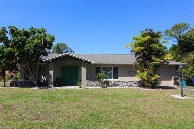 8800 Geneva St, Fort Myers, FL 33907 (MLS #219022697) :: John R Wood Properties