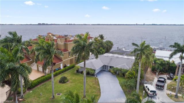 228 Bayshore Dr, Cape Coral, FL 33904 (MLS #219028489) :: Palm Paradise Real Estate