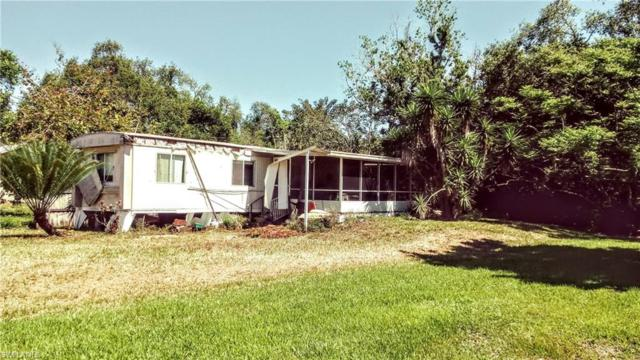 1069 Martin Blvd, Moore Haven, FL 33471 (MLS #219029887) :: RE/MAX Radiance