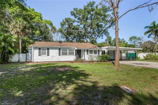 232 Palmacea Rd, Fort Myers, FL 33905 (#219030998) :: The Dellatorè Real Estate Group
