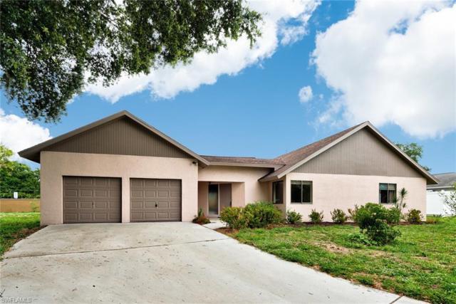 5817 Beechwood Trl, Fort Myers, FL 33919 (MLS #219036135) :: Clausen Properties, Inc.