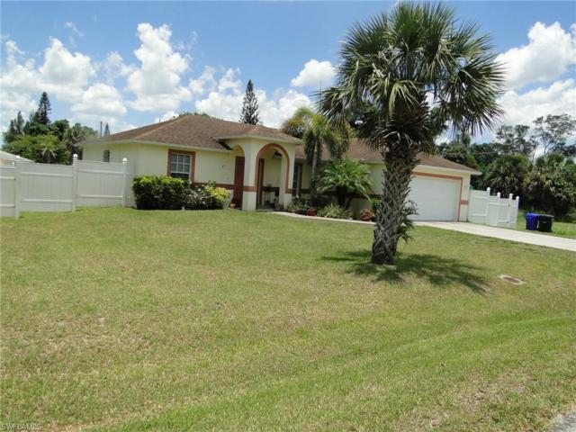2310 Davis St, Fort Myers, FL 33916 (MLS #219037077) :: RE/MAX Radiance