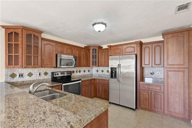 321 Santa Barbara Blvd, Cape Coral, FL 33991 (MLS #219037947) :: RE/MAX Realty Team