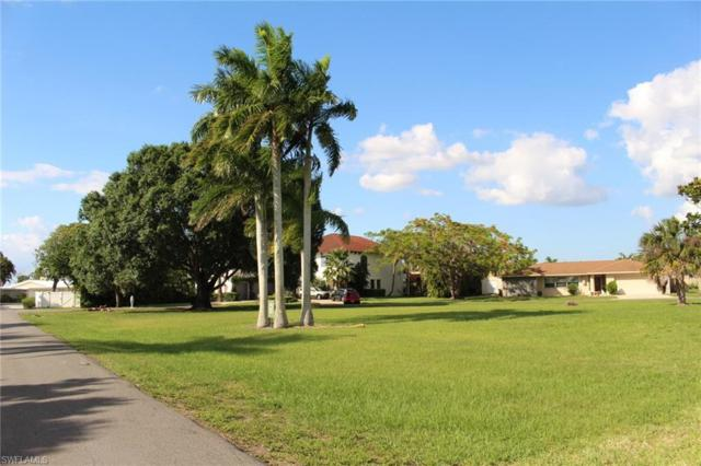 5412 Parker Dr, Fort Myers, FL 33919 (MLS #219038548) :: Clausen Properties, Inc.