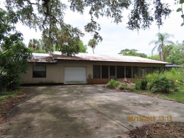 1188 Townsend Ln, Moore Haven, FL 33471 (MLS #219043083) :: RE/MAX Realty Team