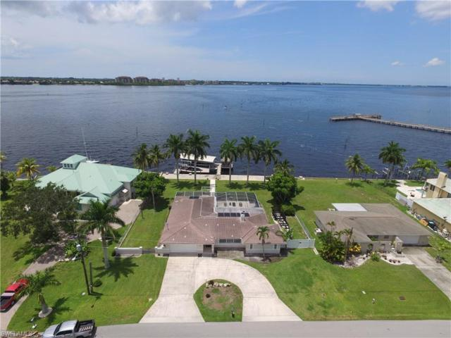 1214 Flamingo Dr, Cape Coral, FL 33904 (MLS #219046405) :: The Naples Beach And Homes Team/MVP Realty