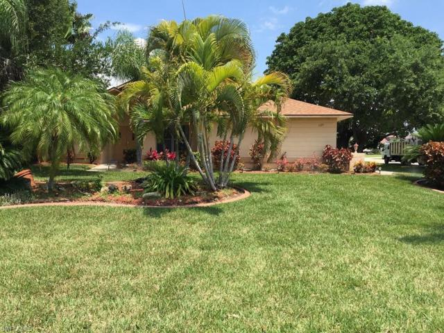 1121 SW 51st Ter, Cape Coral, FL 33914 (MLS #219048651) :: Clausen Properties, Inc.