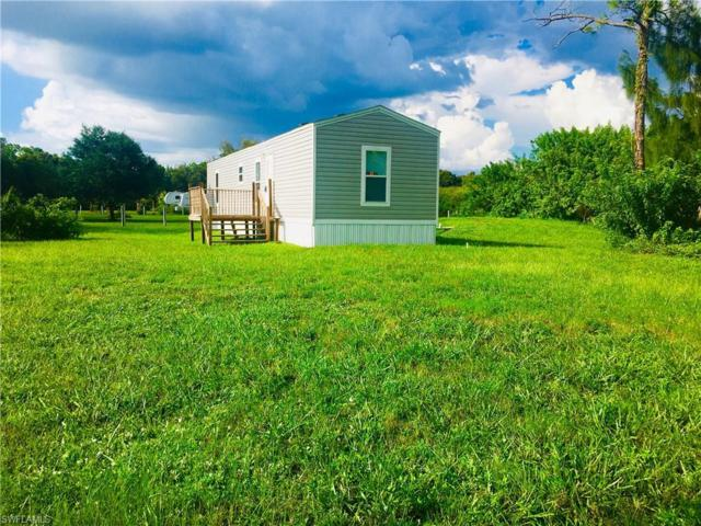 8221 Scarecrow Rd, North Fort Myers, FL 33917 (MLS #219052035) :: The Naples Beach And Homes Team/MVP Realty