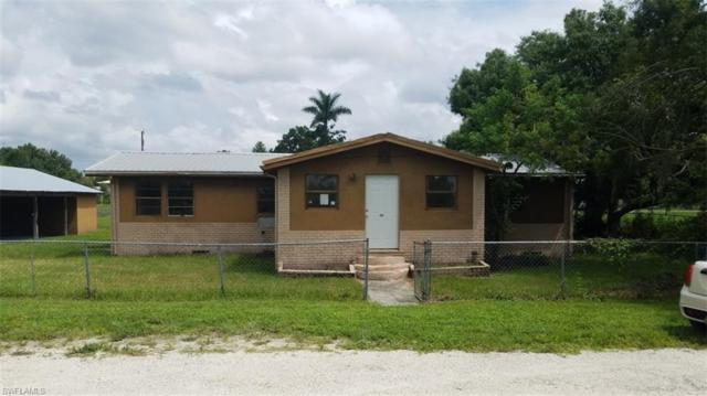 401 Avenue S SW, Moore Haven, FL 33471 (MLS #219052442) :: Sand Dollar Group