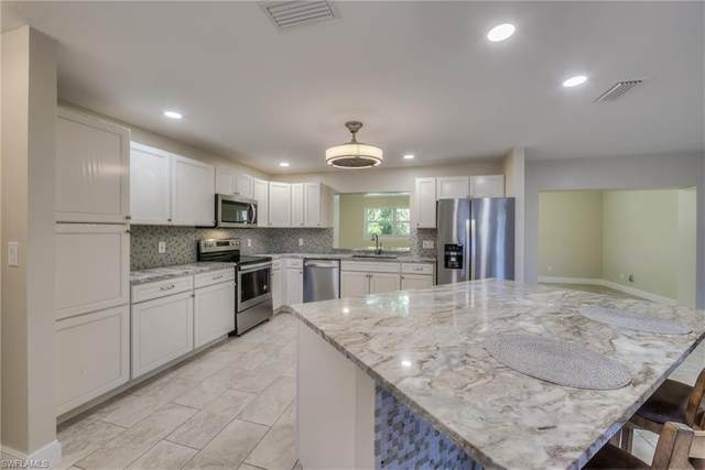 1017 N Town And River Drive, Fort Myers, FL 33919 (#219058456) :: The Michelle Thomas Team