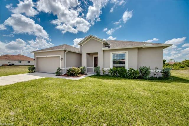 1110 SW 1st St, Cape Coral, FL 33991 (MLS #219058872) :: RE/MAX Realty Group