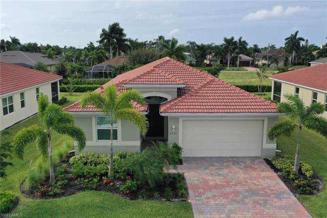 2935 Sunset Pointe Circle, Cape Coral, FL 33914 (#219060714) :: The Dellatorè Real Estate Group
