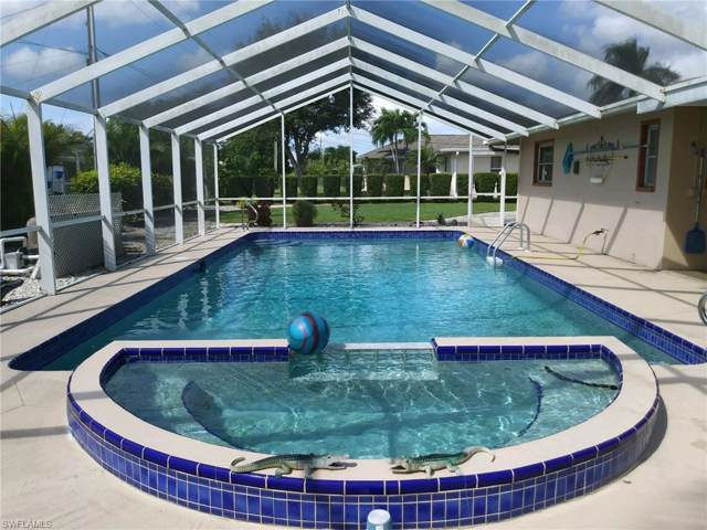628 SE 21st St, Cape Coral, FL 33990 (MLS #219060786) :: RE/MAX Realty Group