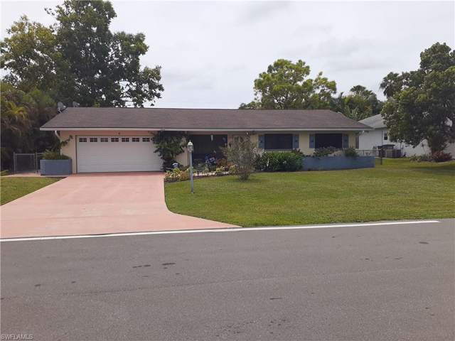 6 SW 10th Ter, Cape Coral, FL 33991 (#219060847) :: Caine Premier Properties