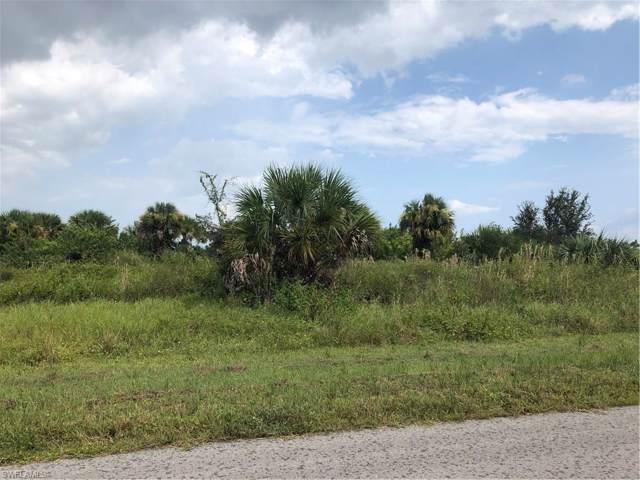 529 Kingsbury Ln, Lehigh Acres, FL 33974 (MLS #219061234) :: Clausen Properties, Inc.
