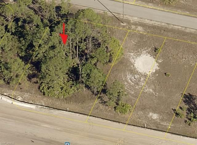 3100 Meadow Rd, Lehigh Acres, FL 33974 (#219061370) :: Royal Shell Real Estate, Inc.