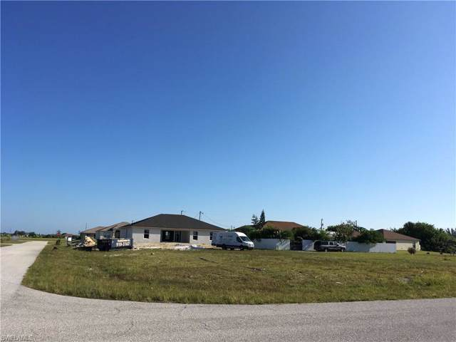 419 NW 20th Ter, Cape Coral, FL 33993 (#219061384) :: Jason Schiering, PA