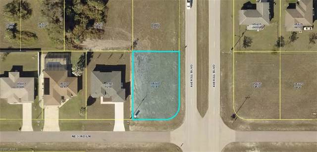 1611 NE 33rd Ln, Cape Coral, FL 33909 (MLS #219061489) :: Clausen Properties, Inc.