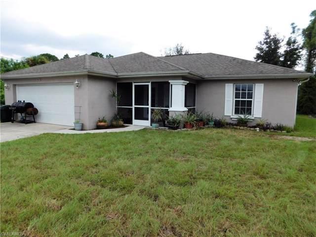 916 Sentinela Blvd, Lehigh Acres, FL 33974 (#219061651) :: Royal Shell Real Estate, Inc.