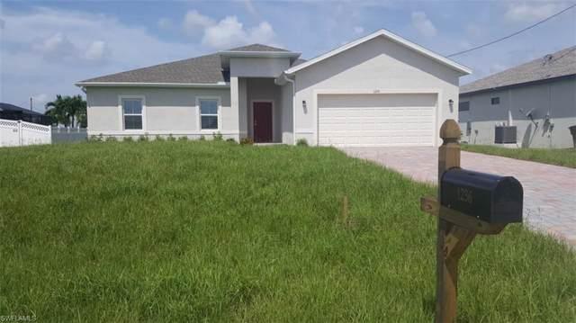 1236 NW 33rd Pl, Cape Coral, FL 33993 (MLS #219061717) :: Clausen Properties, Inc.