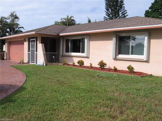 3636 Country Club Blvd, Cape Coral, FL 33904 (MLS #219062264) :: RE/MAX Realty Team