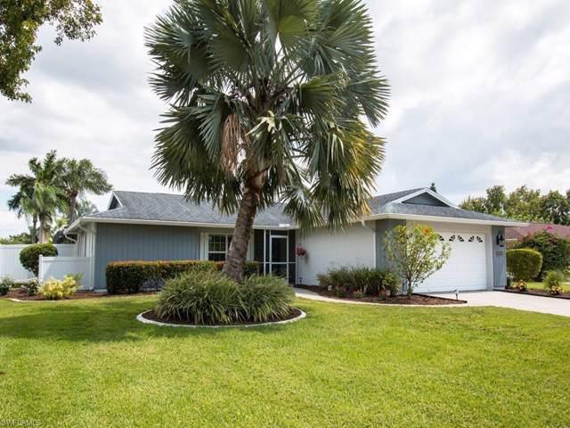 5566 Cognac Dr, Fort Myers, FL 33919 (#219064236) :: The Dellatorè Real Estate Group