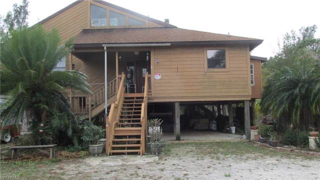 4618 Gary Parker Lane, St. James City, FL 33956 (MLS #219064294) :: Florida Homestar Team