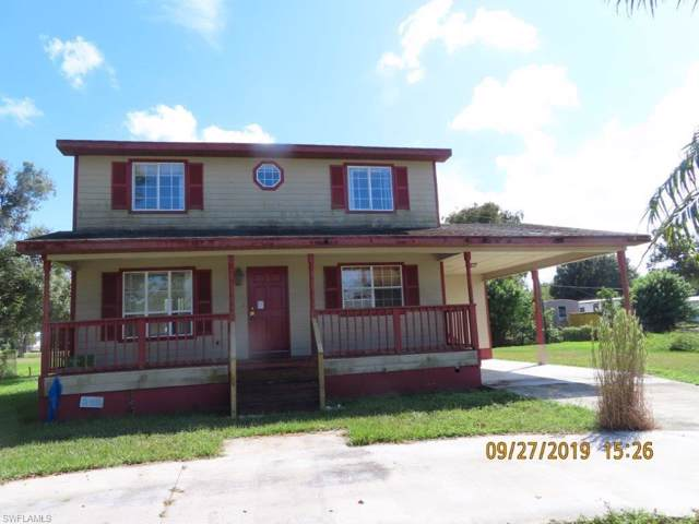 642 Avenue B NW, Moore Haven, FL 33471 (#219064663) :: Caine Premier Properties