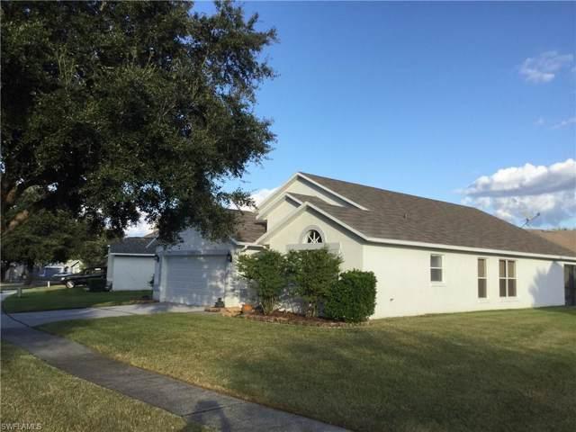 31952 Brookstone Dr, WESLEY CHAPEL, FL 33545 (#219065817) :: Southwest Florida R.E. Group Inc