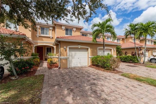 10011 Chiana Cir, Fort Myers, FL 33905 (#219066086) :: The Dellatorè Real Estate Group