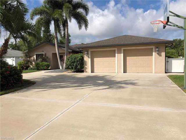 5556 Pernod Dr, Fort Myers, FL 33919 (#219066418) :: The Dellatorè Real Estate Group